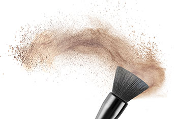 bacteria can be hidden in makeup brushes